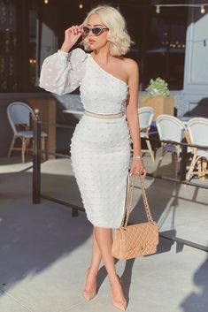 Pretty White Summer Dresses You Would Obsessed With White Dress; White Midi Dress, White Dress Summer, Cute White Dress, Dress Lace, Classy Dress, Classy Outfits, Off Shoulder Dress Formal Classy, One Shoulder White Dress, Elegant Dresses Classy