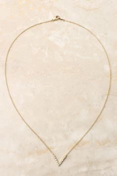 Love this delicate necklace.