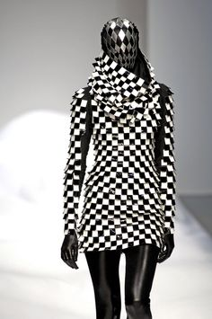 #Gareth Pugh #Spring 2007 #fashion
