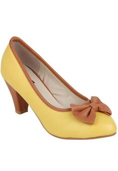 Yellow Belly Shoes Price: Rs 868
