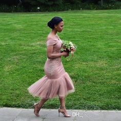 Bridesmaid Dresses 2018 Blush Pink Country Off Shoulder Beach Wedding Party Guest Dresses Arabic Dubai Junior Maid of Honor Dress Cheap