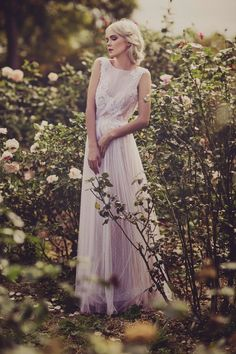 Robe de mariée bohème - Robe: La Sposa 2015 - Photo: Swoon Weddings - Hair and make up: Abbey Love #bridaldress #bohemianbride #weddingdress