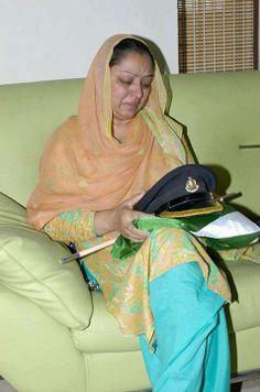Sacrifices of Pakistan Army in War on terror - Voice of Pakistan Pakistan Army, Pakistan News, The Beautiful Country, How Beautiful, Beautiful Places, Pakistani Girl, Pakistani Actress, Pakistan Armed Forces, Aston Martin Lagonda
