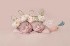 Twin Newborn Photographer | Twin Girls | Start With The Best | Cleveland Ohio Twin Photographer | Twinning | Brittany Gidley Photography LLC | www.brittanygidley.com