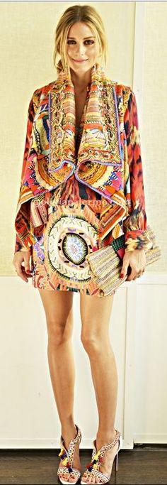 Olivia Palermo with HUMPhooks permanent swivel purse hooks www.humphooks.com   74      19