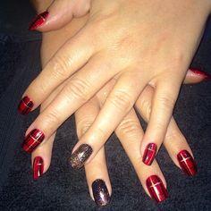 handpainted tartan nail art