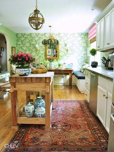Chez V: Kitchen and Dining - Breakfast Area
