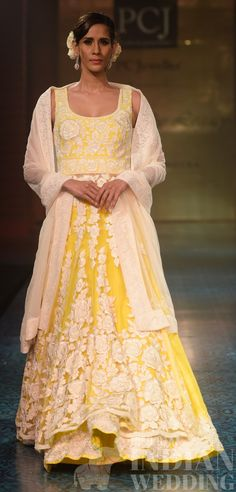 mizwan-fashion-show-manish-malhotra-42