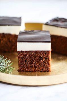 Kostka piernikowa z ptasim mleczkiem My Recipes, Cake Recipes, Dessert Recipes, Polish Cake Recipe, Frosting Recipes, Sweet Cakes, Food Inspiration, Delicious Desserts, Good Food