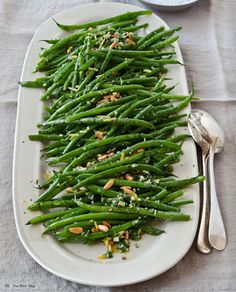 These delicious green beans have just the right amount of crunch, lemon, garlic and parmesan to make this a favorite!