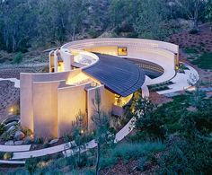 Wing House, near Rancho Santa Fe, California, designed by architect Wallace E. Cunningham Diseño puro de Arquitectura Orgánica 100%