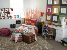 Cool Dorm Room Decorating Ideas - For more Awesom Girls Dorm Room Ideas, check out HomeIZY.com