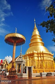 The Wat Phra That Hariphunchai is a large temple in Lamphun town founded in 1150. Its Lanna style chedi enshrines a relic of the Buddha.