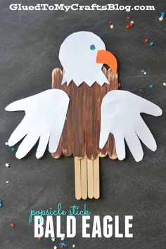 Popsicle Stick Bald Eagle! A great craft for kids to do this Memorial Day or Fourth of July!