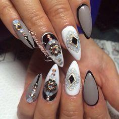 White and Gray Bling Stiletto Nail Art @nailsyulieg LOVE!!