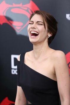 I love her laugh Lauren Cohan, Maggie Walking Dead, The Walking Dead, Maggie Greene, Beautiful Celebrities, Beautiful Actresses, Love Lauren, Actor Model, Hollywood Stars