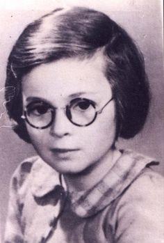 Janine Onijas was sadly murdered in Auschwitz Death Camp on August 19, 1942 at age 8.