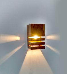 New diy lamp metal wall sconces 33 ideas Diy Luminaire, Luminaire Mural, Wooden Wall Lights, Wooden Lamp, Wall Wood, Wood Walls, Wood Sconce, Rustic Lamps, Bathroom Light Fixtures