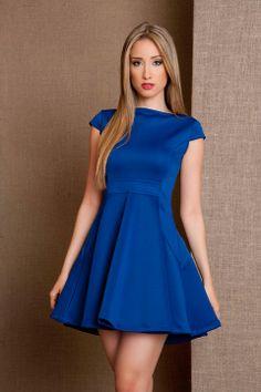 Modelos de vestidos en azul rey