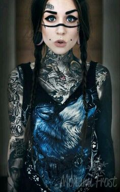 Monami Frost| She's my idol. Love her. She's only 20 but have many tattoos, she has the style and has a beautiful daughter. She's amazing!