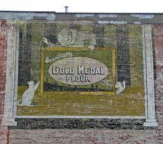 Ghost Sign - Vintage Advertising Mural - Norfolk Virginia by Muskrat5489, via Flickr