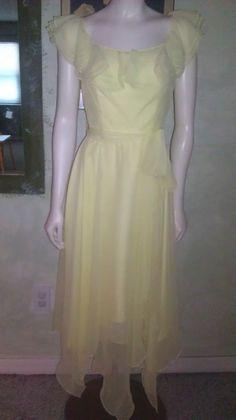 Vintage 1970s Dress Yellow Chiffon Disco Party Ruffled Flowy Zig Zag Hem Sz S