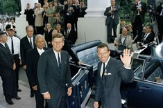 President John Kennedy and Jackie with astronaut Gordon Cooper New 8x10 Photo