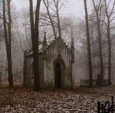 It looks more like a crypt to me, but I could certainly be wrong*******An abandoned, gothic chapel Abandoned Buildings, Abandoned Mansions, Abandoned Places, Gothic Buildings, Spooky Places, Haunted Places, Photo Post Mortem, Photo Chateau, Old Cemeteries