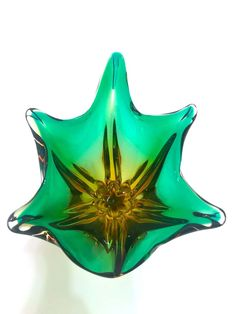 For Sale on - Stunning Mid-Century Modern footed bowl or vase in hand blown Murano glass. Features abstract floral design reminiscent of a lily in clear cased glass Venetian Glass, Antique Glass, Modern Decorative Bowls, Murano Glass Vase, Tiffany Stained Glass, Blown Glass Art, Modern Glass, Glass Collection, Colored Glass