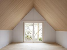 Image 4 of 22 from gallery of Restoration of a Farmhouse and Replacement of a Barn / Singer Baenziger Architekten. Photograph by Christian Senti Arch Interior, Interior Architecture, Interior Decorating, Interior Design, Empty Spaces, Empty Room, Style At Home, Slanted Ceiling Bedroom, Yoga Room Design