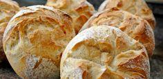 Osztrák zsemle - Recept | Femcafe Pastry Recipes, Bread Recipes, Baking Recipes, Cake Recipes, Croissant Bread, Baked Rolls, Vegan Bread, Hungarian Recipes, Bread And Pastries