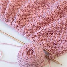 Drops of Love Baby Blanket -- free pattern