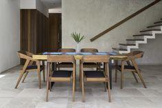 Mesa de tronco de parota y sillas de madera de tzalam. #ChairMadera