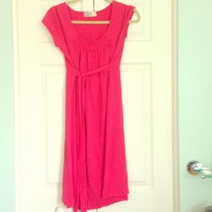 Pink Old Navy Maternity Dress Maternity dress/tie in front or back/comfy and cute! Old Navy Dresses