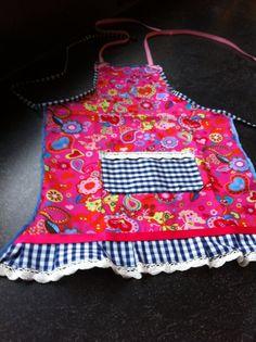 Schortje Naaien, http:// kiekielot.blogspot.nl