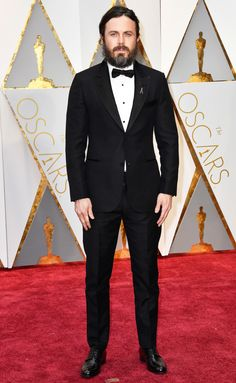 #CaseyAffleck in #LouisVuitton - 2017 Oscars