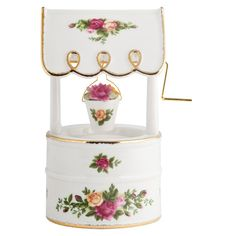 Royal Albert Porcelain Old Country Roses - Musical Wishing Well