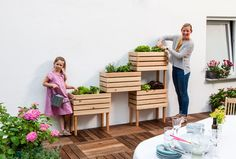 Discover recipes, home ideas, style inspiration and other ideas to try. Home Furniture, Outdoor Furniture Sets, Outdoor Decor, Table Palette, Outdoor Cushions, Balcony Garden, Raised Beds, Garden Projects, Amazing Gardens