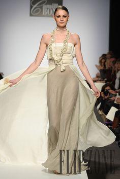 Camillo Bona Spring-summer 2011 - Couture - http://www.flip-zone.net/fashion/couture-1/independant-designers/camillo-bona-2096
