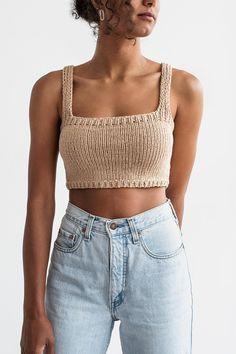 Mode Outfits, Fashion Outfits, Fashion Fashion, Trendy Fashion, Crop Top Pattern, Bikini Pattern, Mode Crochet, Crop Top Designs, Crochet Crop Top
