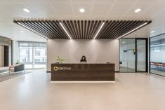 workspace and office design projects in amsterdam stepstone unispace recepti - The world's most private search engine Medical Office Design, Corporate Office Design, Office Interior Design, Office Interiors, Office Designs, Design Offices, Condo Design, Hallway Designs, Arquitetura