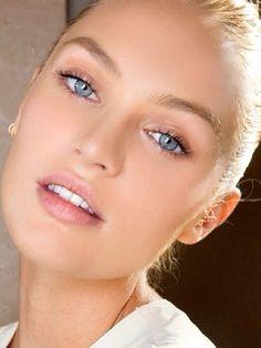 Just a medium amount of mascara is so beautiful!