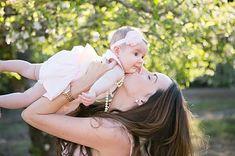 Elegir el nombre de nuestra bebé es la tarea más difícil e importante en el embarazo, y es que lo llevará consigo el resto de su vida. Si quieres que tu hija tenga un nombre poco común pero lindo a la vez, éstas son excelentes opciones. 1. Annora 2. Evangeline 3. Fara 4. Neri 5. […]