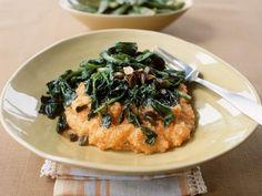 Kürbis-Couscous mit Spinat ist ein Rezept mit frischen Zutaten aus der Kategorie Blattgemüse. Probieren Sie dieses und weitere Rezepte von EAT SMARTER!