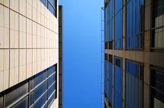 "Vertcales  #Vertical ""Vertical"" #Fotografie von Peter-André Sobota jetzt als #Poster, #Kunstdruck oder #Grußkarte kaufen.. artflakes.com"