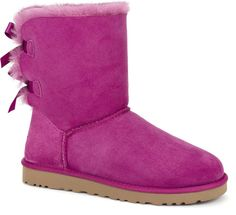 UGG? Classic Short | Free Shipping at UGGAustralia.com idk abou these-it gets cold though