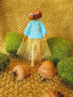 Miniature Christmas Holiday Pumpkin Head Doll