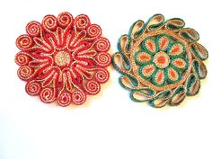 Vintage Straw Trivets, Red and Green by lizandjaybooksnmore on Etsy