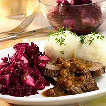Sauerbraten mit Rotkohl und Klößen Rezept | Weight Watchers