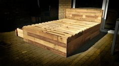 Made myself a bed from pallet wood, inspired by Pinterest!